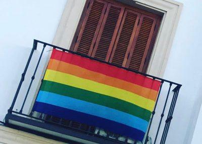 Bandera Día del Orgullo en La Guardia