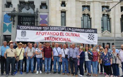 MANIFESTACIÓN APOYANDO EL OLIVAR TRADICIONAL EN MADRID